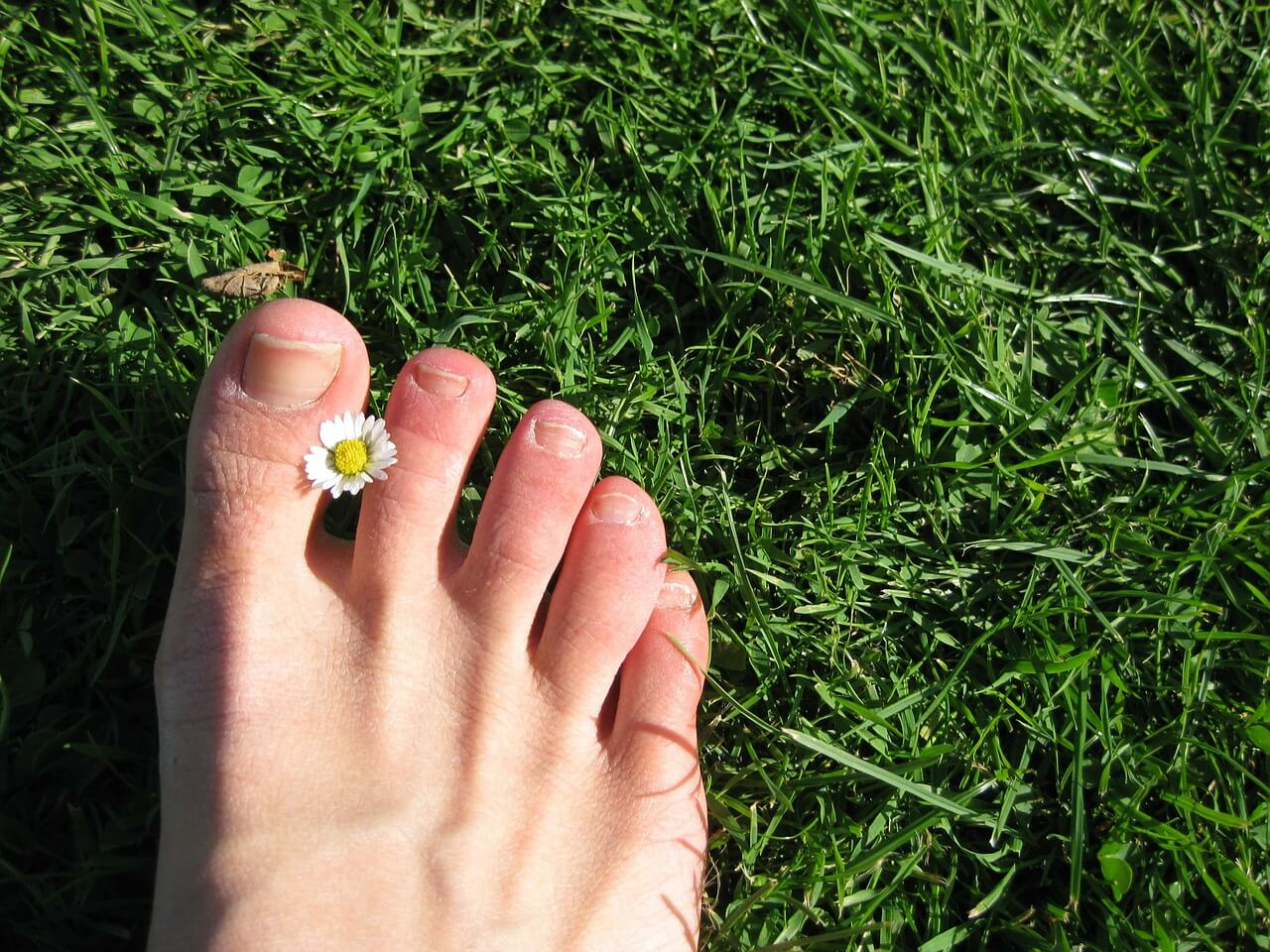 Care For Your Dry Feet With These Natural Remedies
